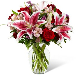 The FTD High Style Bouquet
