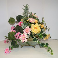 Krupp floral garden-silk16-31 from Krupp Florist, your local Belleville flower shop