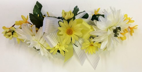 Silk swag-yellow/white-silkswag-21 from Krupp Florist, your local Belleville flower shop